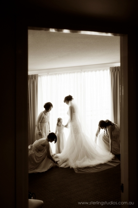 Bride with bridesmaids getting ready at the brisbane mantra